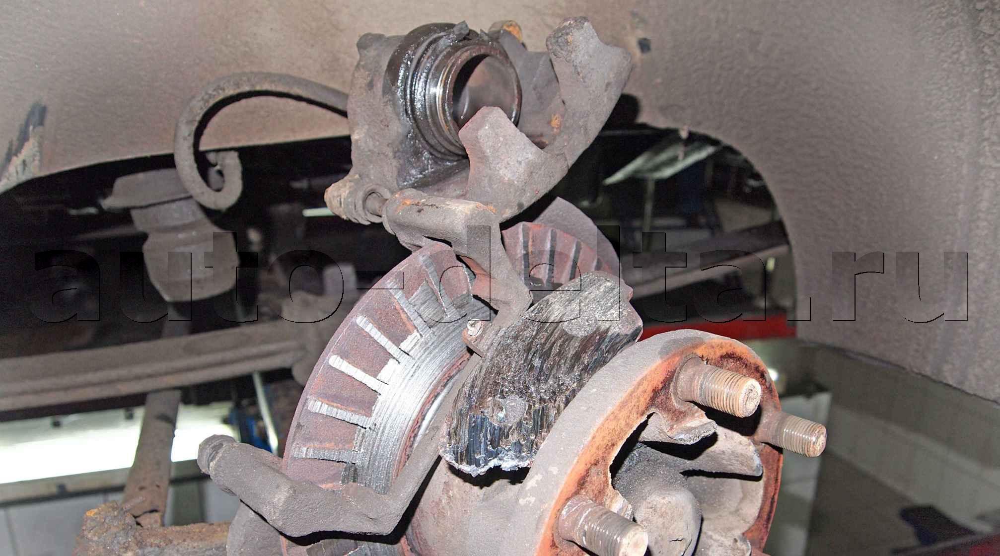 Ремонт рабочего тормозного цилиндра или как чуть не заклинило колесо 8